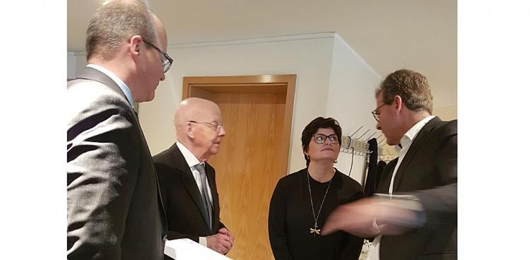 HCS Gebäudereinigung gratuliert: 25 Jahre DKV Münster