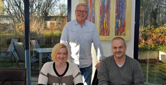 Servico EDA bildet drei neue Betriebstrainer der Hannes Unternehmensgruppe aus