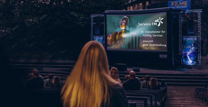 Filme mit Freunden – Servico FM sponsert Open-Air Kino im Burgtheater Dinslaken